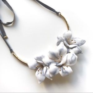 BaubleBar Marble Floral necklace - so chic modern